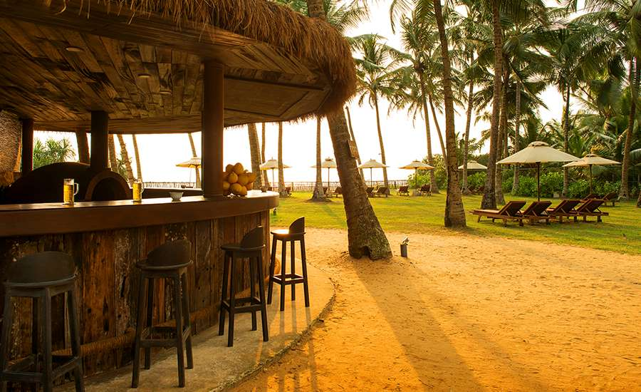 The Evening View of Raa Outdoor Bar at Taprobana Wadduwa